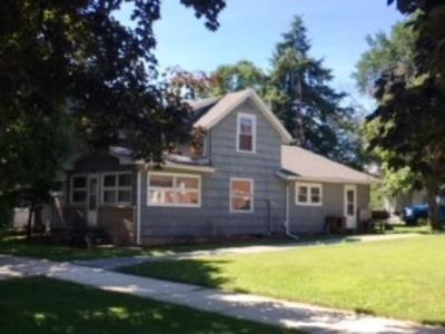 New Carlisle Single Family Home For Sale: 209 W Michigan Street
