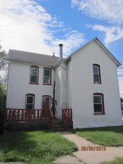 Single Family Home For Sale: 1867 Broadway