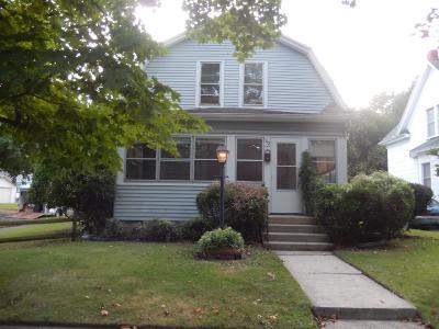 La Porte, Laporte Single Family Home For Sale: 112 Woodward Street