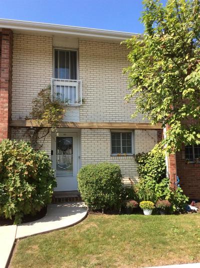 Michigan City Single Family Home For Sale: 103 Birch Tree Lane
