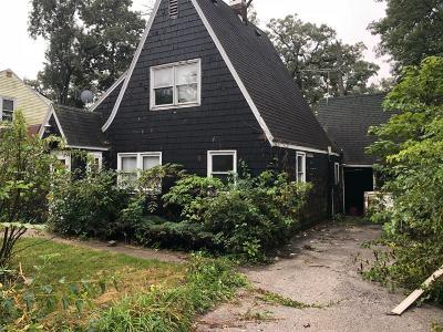 Cedar Lake Single Family Home For Sale: 13920 Butternut Street