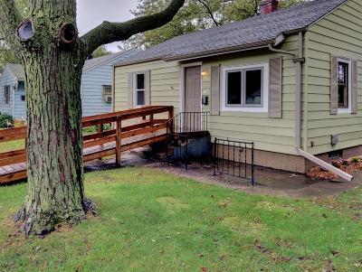 Michigan City Single Family Home For Sale: 143 Hendricks Street