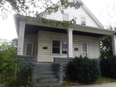 Michigan City Single Family Home For Sale: 1715 Pine Street