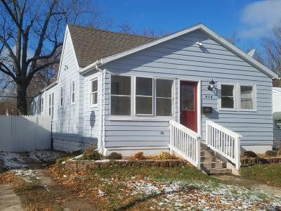 Michigan City Single Family Home For Sale: 414 N Pleasant Avenue
