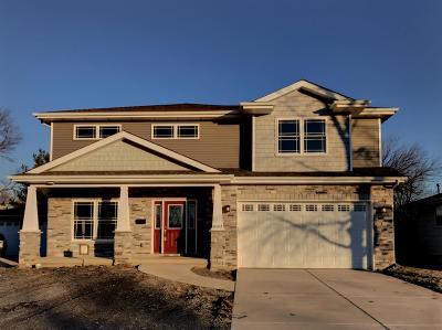 Munster Single Family Home For Sale: 8043 Tapper Avenue