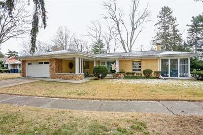 Michigan City Single Family Home For Sale: 202 Friendship Trail