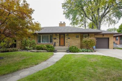Munster Single Family Home For Sale: 8225 Parkview Avenue
