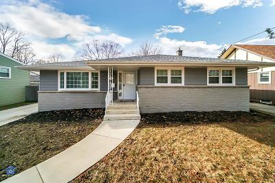 Munster Single Family Home For Sale: 9624 Crestwood Avenue