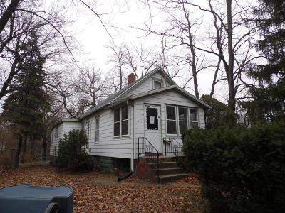 Michigan City Single Family Home For Sale: 112 Johnston Street