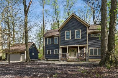 Michigan City Single Family Home For Sale: 23 Blackberry Trail