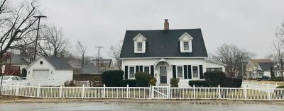 Michigan City Single Family Home For Sale: 612 Lafayette Street