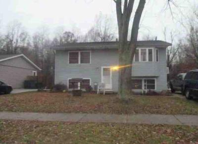 Michigan City Single Family Home For Sale: 3525 Lexington Road