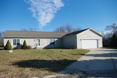 Laporte, La Porte Single Family Home For Sale: 1623 N Eagle Ridge Drive