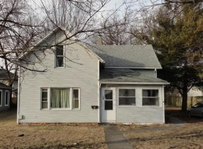 Single Family Home For Sale: 136 W Clark Street