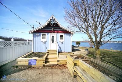 Laporte, La Porte Single Family Home For Sale: 323 Oak Drive