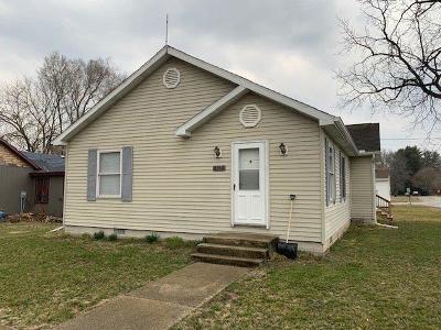 Single Family Home For Sale: 6160 E Main Street