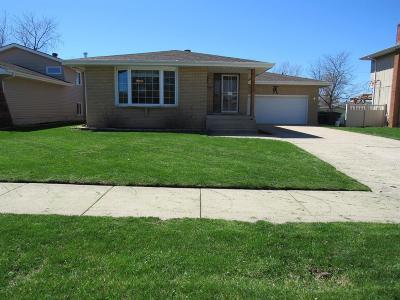 Single Family Home For Sale: 8232 White Oak Avenue