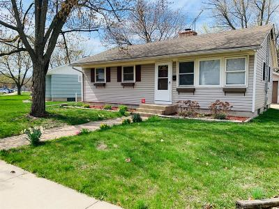 Michigan City Single Family Home For Sale: 906 W Coolspring Avenue