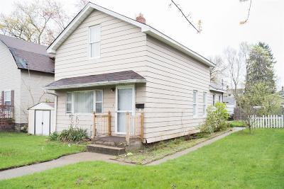 Michigan City Single Family Home For Sale: 206 S Woodland Avenue