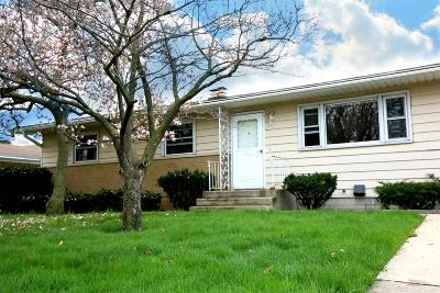 Michigan City Single Family Home For Sale: 209 Boyd Circle