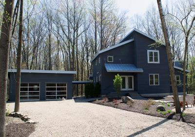 Michigan City Single Family Home For Sale: 67 Timber Trail