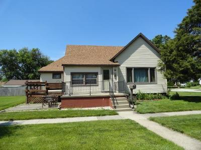 Single Family Home For Sale: 434 E Angelica Street