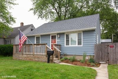 Michigan City Single Family Home For Sale: 324 Hendricks Street