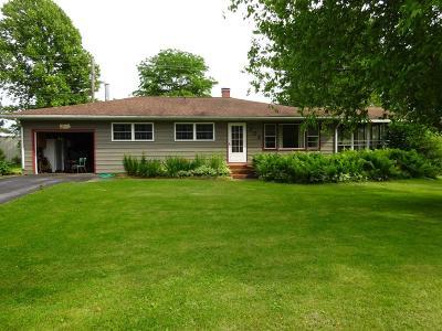 Rolling Prairie Single Family Home For Sale: 202 E Short Street