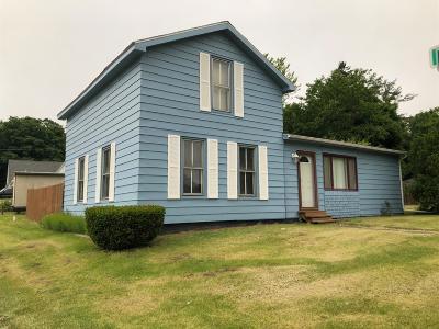 Rolling Prairie Single Family Home For Sale: 313 W Mechanic Street