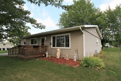 Michigan City Single Family Home For Sale: 4851 Meadow Boulevard