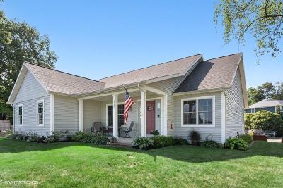 La Porte, Laporte Single Family Home For Sale: 320 Oak Drive