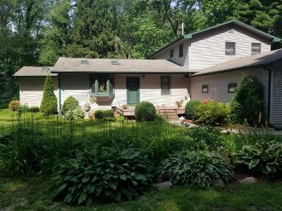 Rolling Prairie Single Family Home For Sale: 7974 N Hiawatha Trail