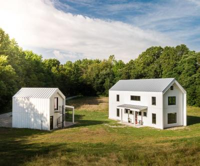 Michigan City Single Family Home For Sale: 314 Tryon Farm Lane