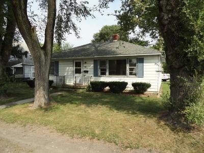 Single Family Home For Sale: 418 W Clark Street