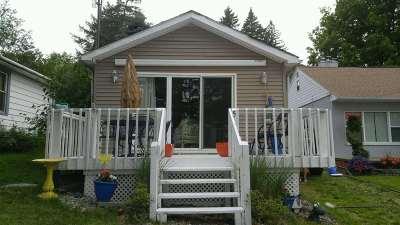 Steuben County Single Family Home For Sale: 515 Lane 221 Hamilton Lake