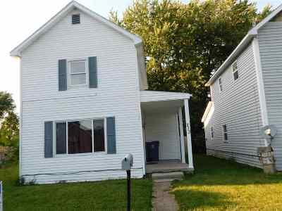 Gas City Single Family Home For Sale: 213 E South G