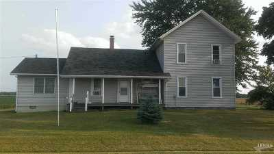 Butler IN Single Family Home For Sale: $109,500