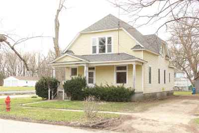 Otterbein Single Family Home For Sale: 312 S Main