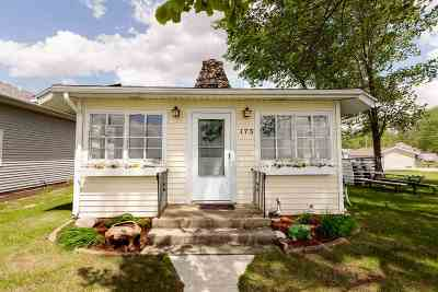 Syracuse Single Family Home For Sale: 11537 N Crowdale Drive