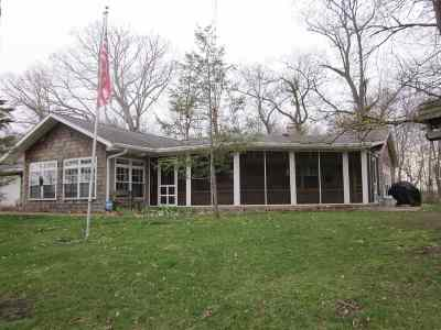 Kosciusko County Single Family Home For Sale: 7043 E 600 N