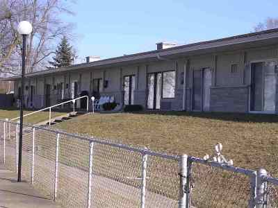 Kosciusko County Condo/Townhouse For Sale: 10025 N Turkey Creek Rd #2 #pier 343