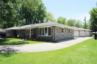 Wabash Single Family Home For Sale: 233 Shady Lane Drive