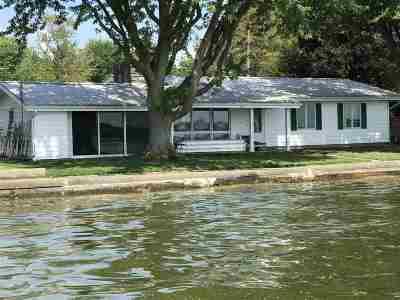 Kosciusko County Single Family Home For Sale: 8703 E Sunset Lane