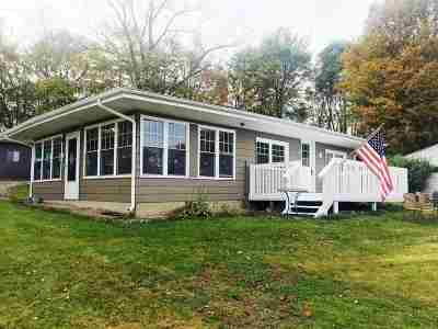 South Milford IN Single Family Home For Sale: $134,900