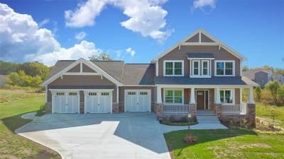 Kosciusko County Single Family Home For Sale: 354 E Barrington