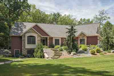 Steuben County Single Family Home For Sale: 1180 N Hickory Ln