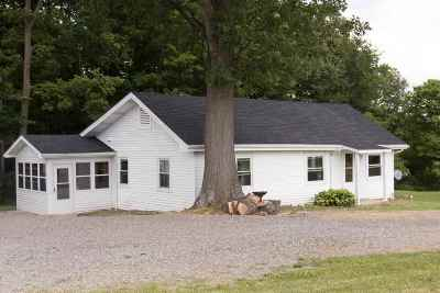 Whitley County Single Family Home For Sale: 4030 W Plattner