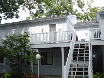 Kosciusko County Condo/Townhouse For Sale: 10065 N Turkey Creek #68