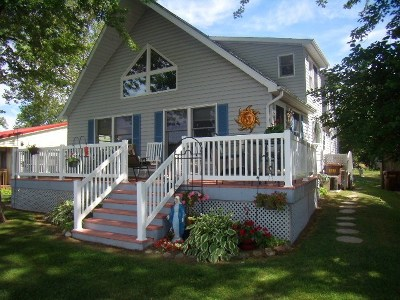 Steuben County Single Family Home For Sale: 595 & 600 Lane 101 Lake Of The Woods