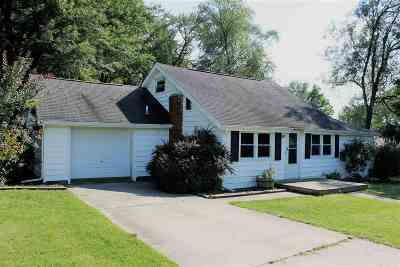 Kosciusko County Single Family Home For Sale: 3167 W Dixie